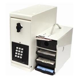 geldkassette mit scheinf chern und zahlenschloss effektivo. Black Bedroom Furniture Sets. Home Design Ideas